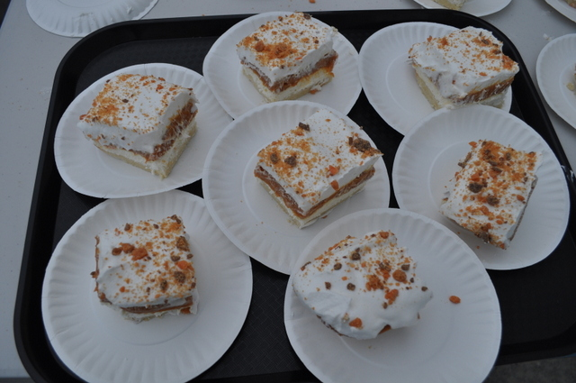 Chocolate or butterscotch filling topped with Butterfinger chunks - Yummy!!!